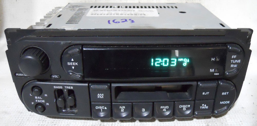 Jeep Wrangler 2004 2005 Factory Stereo Tape Player Radio